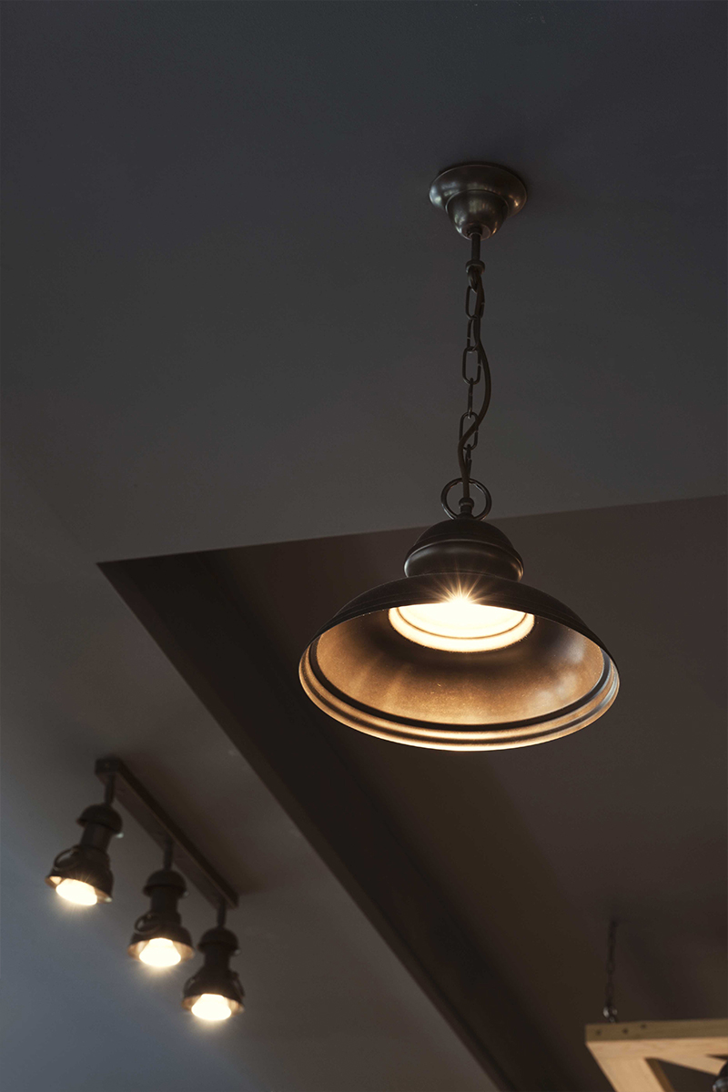 Pendants/Ceiling lamps
